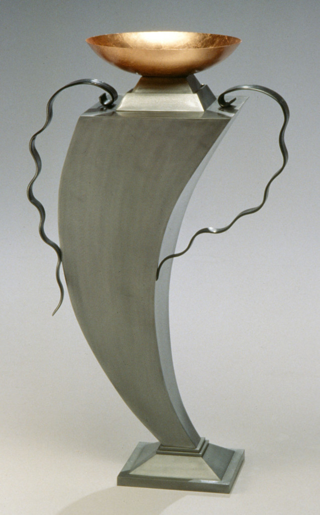 Swinging bowl form